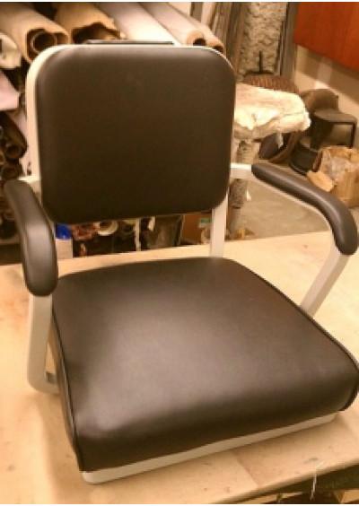 Ремонт каркасів офісних крісел